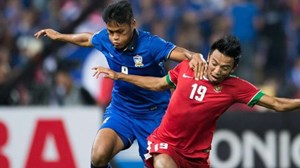 Hé lộ 4 ngôi sao Thái Lan có thể cùng HLV Kiatisuk gia nhập Hoàng Anh Gia Lai