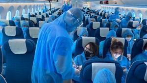 Siết chặt phòng dịch Covid-19 trên máy bay