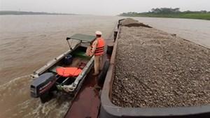 Những dòng sông bị rút ruột