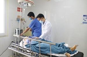 Vụ ô tô bốc cháy ở Quảng Ninh: Hai nạn nhân đã tạm qua cơn nguy kịch