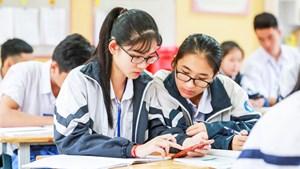 Học sinh sử dụng điện thoại: Hướng dẫn những điều các em không được làm
