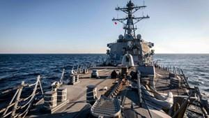Tàu hải quân Mỹ áp sát Trường Sa