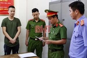 Công an Hà Tĩnh khởi tố, tạm giam một phóng viên thường trú cưỡng đoạt 90 triệu đồng