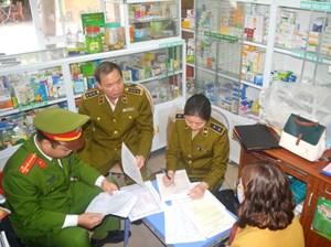 Liên tiếp xử lý các nhà thuốc 'nâng giá' khẩu trang