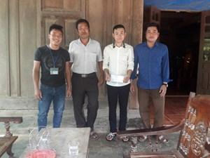 Nghệ An: Biểu dương nam sinh cứu 2 người giữa dòng nước lũ