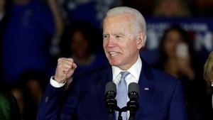 Ông Joe Biden dẫn trước Tổng thống Trump tại 3 bang 'chiến địa'