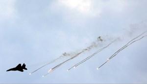 Israel liên tục không kích Syria, Nga ra cảnh báo