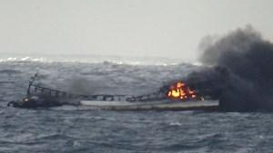 Tổng thống Hàn: Ưu tiên cứu hộ thuyền viên vụ cháy tàu ngoài khơi Jeju