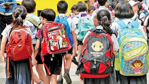 Ấn Độ giới hạn cân nặng của cặp sách