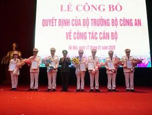Nhiều sĩ quan được bổ nhiệm chức vụ Trưởng phòng, Trưởng Công an quận, huyện thuộc Hà Nội