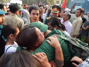 1.432 thanh niên Thừa Thiên - Huế lên đường nhập ngũ