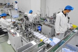 Sản xuất khẩu trang thành 'máy in tiền' tại Trung Quốc giữa dịch Covid-19