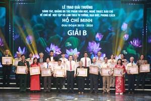 Vinh danh các tác phẩm học tập và làm theo tư tưởng, đạo đức, phong cách Hồ Chí Minh