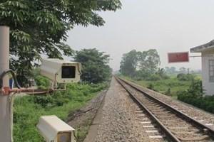 Trang bị cảnh báo nguy hiểm trên các tuyến đường sắt