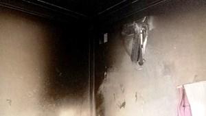 Cháy phòng ngủ có điều hòa, 4 người trong một gia đình bị bỏng nặng