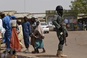 Nigeria: Cướp vũ trang tấn công 6 ngôi làng, giết hại ít nhất 50 người
