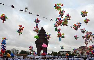 Lãnh đạo Đảng, Nhà nước chúc mừng Quốc khánh Campuchia