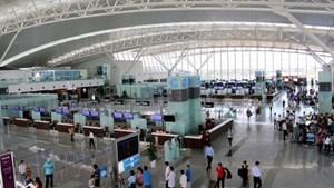 Đại dịch Covid-19: Việt Nam tạm chưa cho nhập cảnh đối với khách du lịch từ khu vực Schengen và Anh quốc