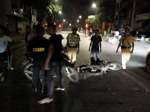 Ghi hình bêu tên xử lý nghiêm 'quái xế' đua xe địa bàn Thủ đô