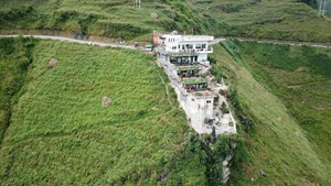 Công trình xây dựng trái phép tại đèo Mã Pì Lèng nằm ngoài khu vực bảo vệ II