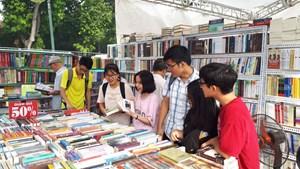 Tìm hướng nâng tầm văn hóa đọc