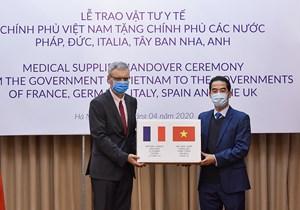 Việt Nam trao hỗ trợ phòng chống dịch Covid-19 cho một số nước châu Âu