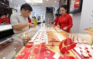 Giá vàng trong nước hồi phục quanh ngưỡng 46 triệu đồng mỗi lượng
