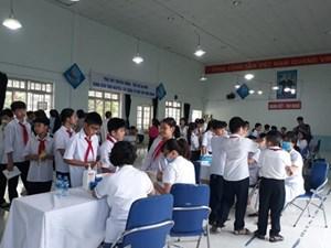 Vụ cháy Nhà máy Rạng Đông: 21 học sinh chuyển đến bệnh viện tiếp tục theo dõi