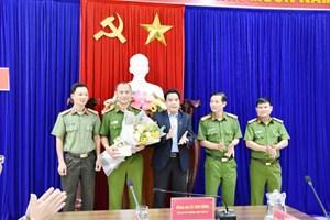 Quảng Nam: Thưởng nóng ban chuyên án 'đường dây đánh bạc qua mạng hơn 40 tỷ đồng'