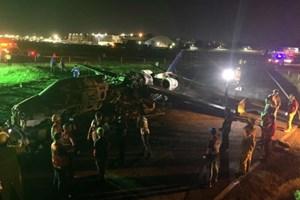 Máy bay y tế bốc cháy khi cất cánh ở Philippines, 8 người chết