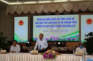 Phó Thủ tướng Thường trực làm việc với lãnh đạo tỉnh Long An