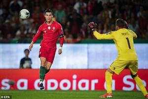 C.Ronaldo ghi bàn thứ 699 trong sự nghiệp, Bồ Đào Nha đại thắng