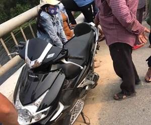 Quảng Nam: Bỏ xe trên cầu đi nhậu khiến cả làng tìm kiếm