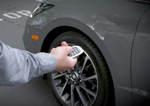 Hyundai triệu hồi Sonata vì tính năng điều khiển… xe từ xa
