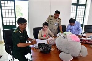 Tây Ninh: Bắt vụ vận chuyển hơn 3.000 viên ma túy tổng hợp