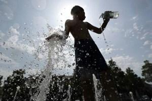 Tháng 1 nóng nhất trong vòng 141 năm