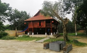 Xây dựng nhà sàn trái phép tại di tích Khe Rồng