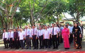 Phú Yên: Dâng hương kỷ niệm 130 năm Ngày sinh Chủ tịch Hồ Chí Minh
