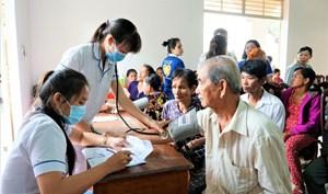 Tăng cường truyền thông đảm bảo chính sách Bảo hiểm Y tế cho người cao tuổi