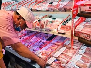 Giá mềm, thịt lợn nhập ngoại đắt hàng