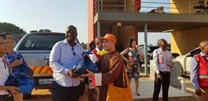 Giáo hội Phật giáo Việt Nam hỗ trợ gạo cho các nạn nhân bão tại Mozambique