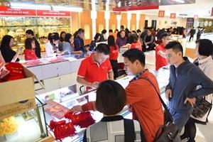 Giá vàng SJC tăng 30.000 đồng mỗi lượng phiên đầu tuần