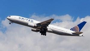 Mỹ: Máy bay United Airlines hạ cánh khẩn cấp do cháy động cơ