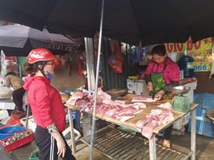 Bảo đảm nguồn cung thịt lợn