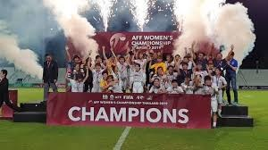 [VIDEO] Tuyển nữ Việt Nam nâng Cup vô địch trên đất Thái Lan