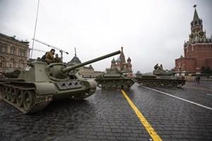 Nga sẽ trình làng vũ khí mới tại lễ diễu binh trên Quảng trường Đỏ