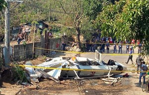 Philippines: Rơi trực thăng chở nhiều quan chức cảnh sát