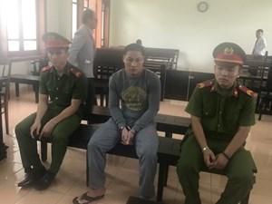 Quảng Ngãi: Hiếp dâm con gái riêng của vợ, gã thanh niên lãnh án 7 năm tù