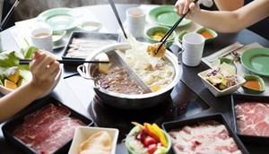 9 người trong một gia đình Hong Kong nhiễm nCov sau khi cùng ăn lẩu