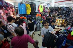 Quy định hàng hóa 'Made in Vietnam': Ngăn chặn tình trạng đội lốt hàng Việt